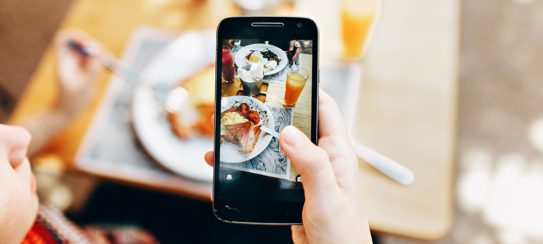 Taking picture of food with a Samsung phone